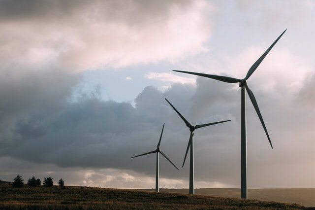 Pros and Cons of Wind Farm Energy Power Generator